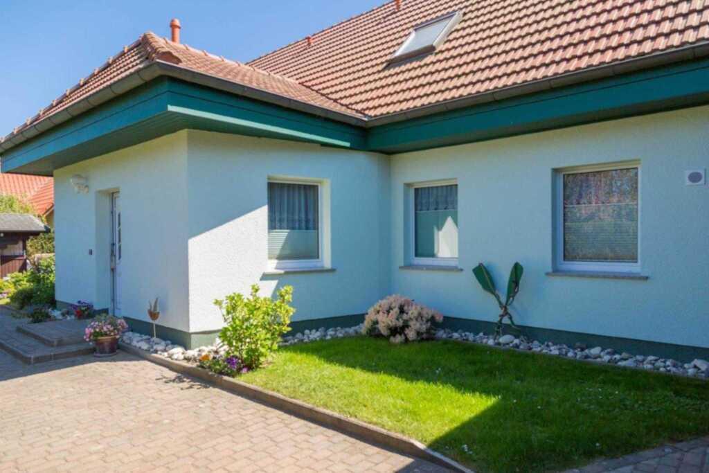 Ferienhaus Alexander, Doppelhaush�lfte