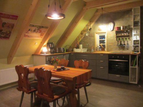 Koras offener Küchenbereich