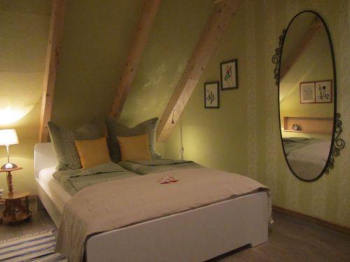"""Koras Bett im Schlafzimmer """"Traumfänger"""""""