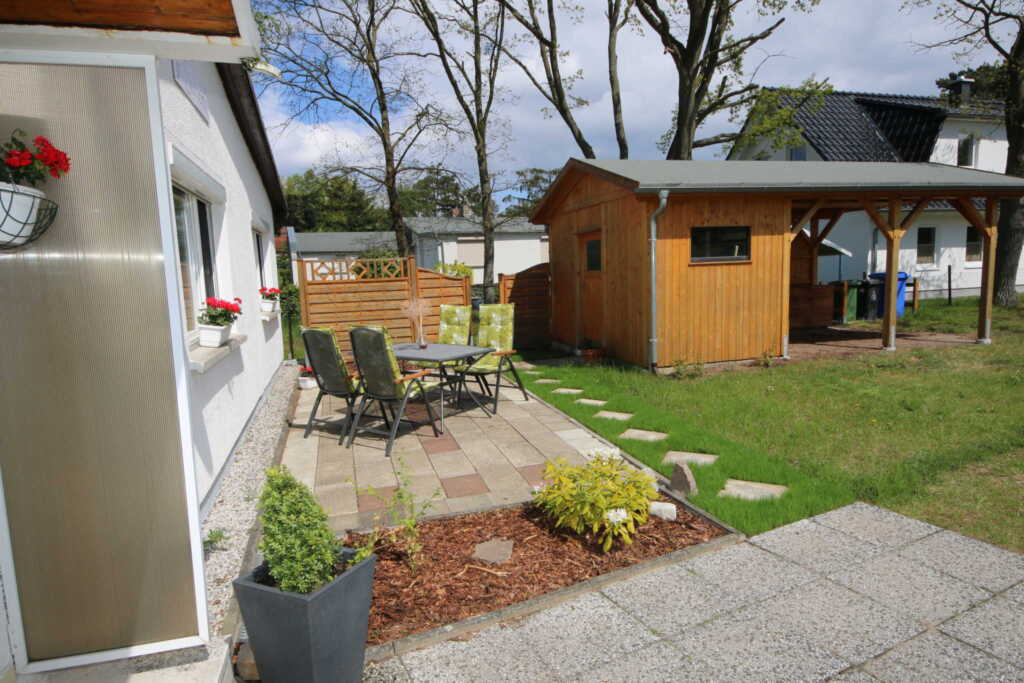 A.01 Ferienhaus In Suhemi mit Terrasse, Ferienhaus