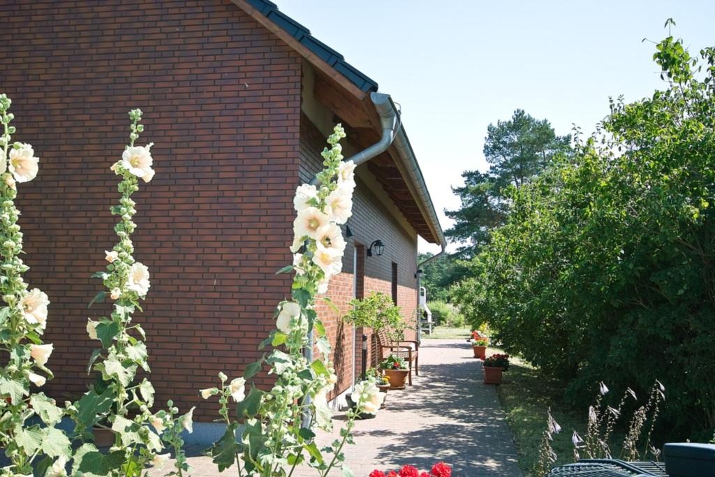Ferienhaus Waldblick, Ferienwohnung 2 im Erdgescho