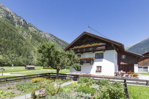 Haus �Hahlkogelblick� im Sommer