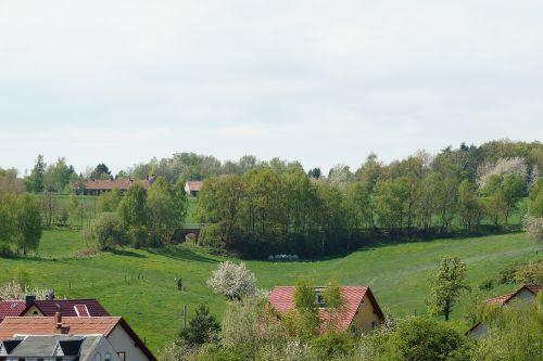 Aussicht vom Balkon - T�ler und Berge