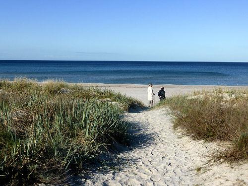 Nahegelegener Sandstrand an der Ostsee