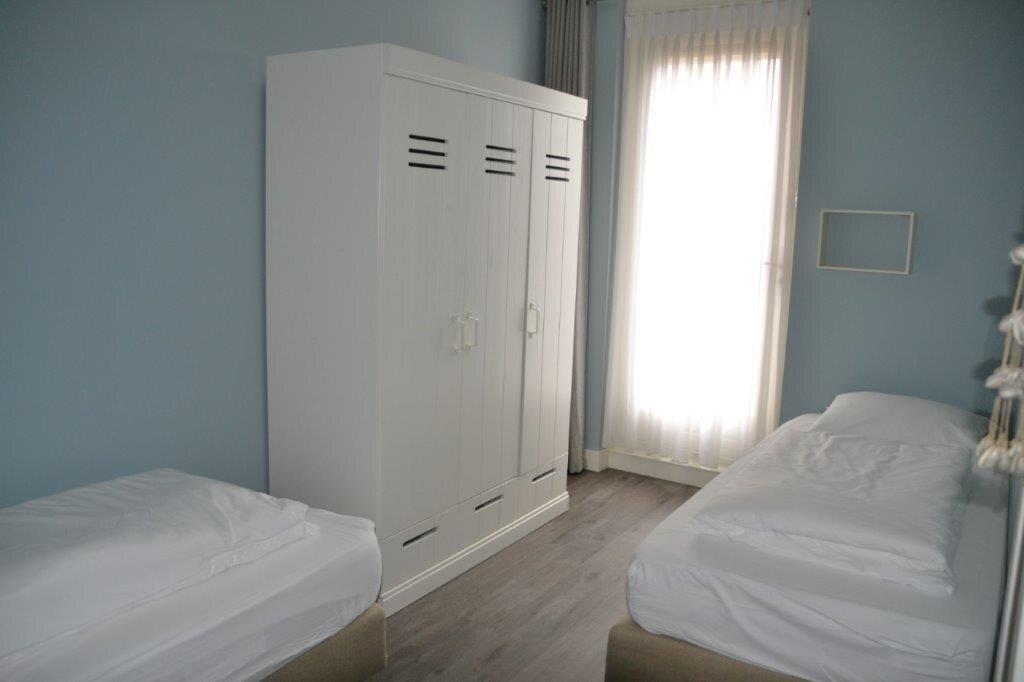 Schlafzimmer 2, 2 einzelbett 90x210