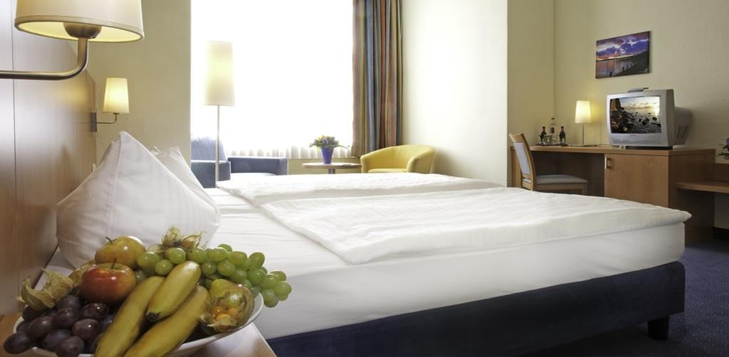 Hotel Xenia * * * .... 'Ihr Zuhause in Sellin', Ap