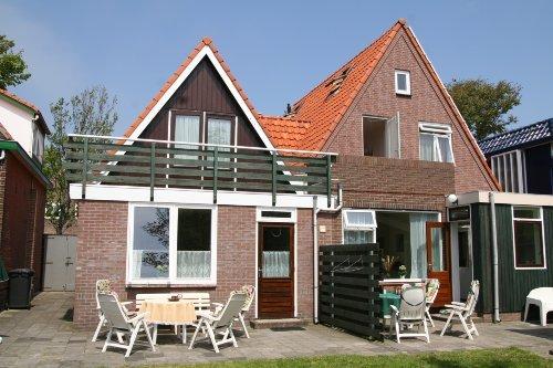 Balkon an der Garten- und S�dseite.