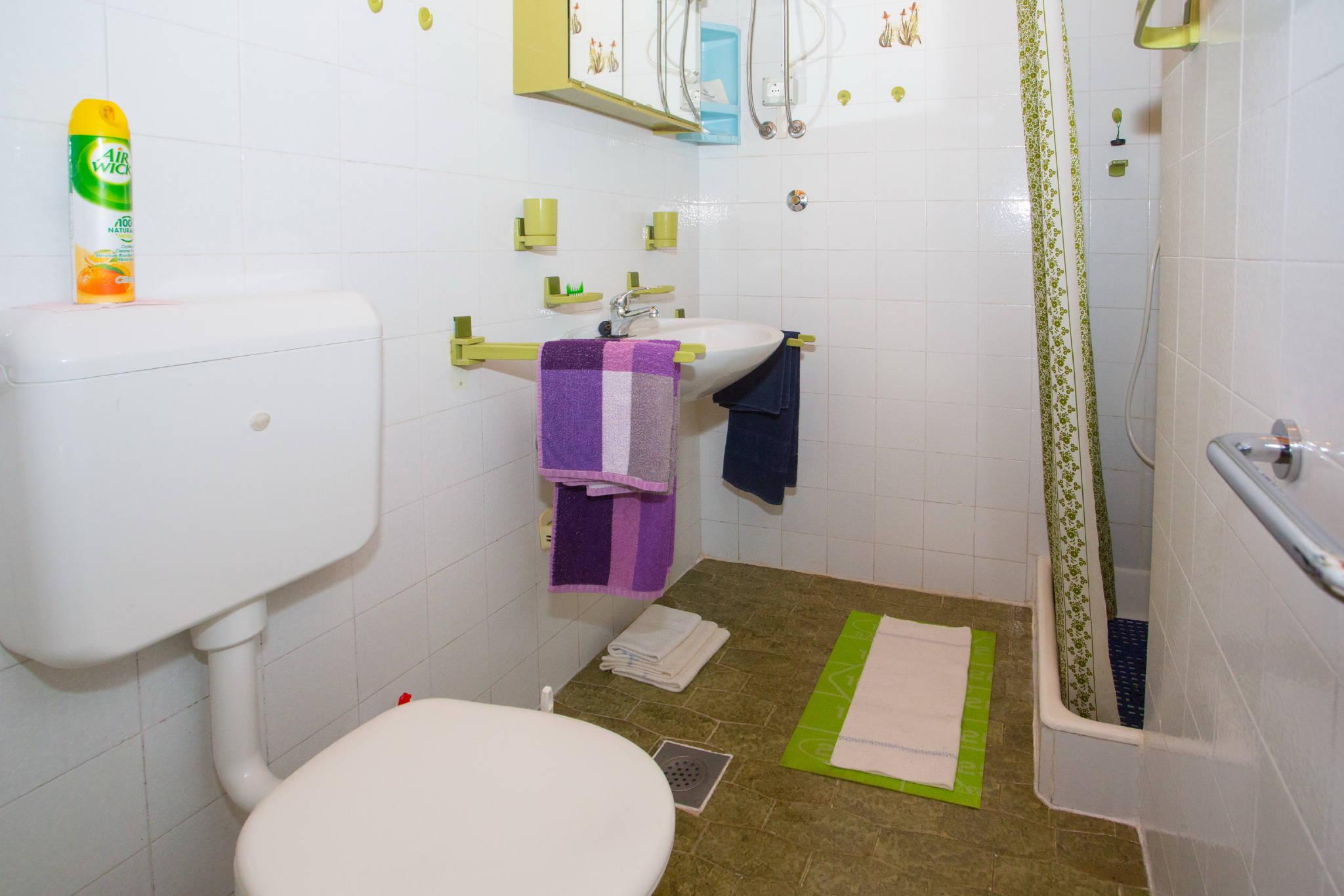 Badezimmer gleich im Ap.1 und Ap.2