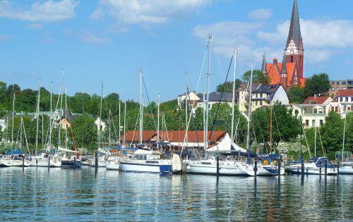 Jachthafen Ostufer Hafen