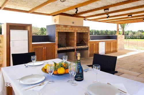 Villa ROMANI BBQ-Bereich