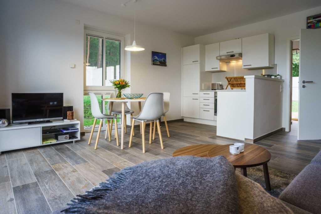 Ferienhaus 'Felix' mit freiem Blick zum Gothensee