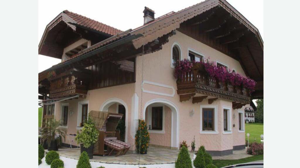 Landhaus Widlroither, Ferienwohnung Mondsee