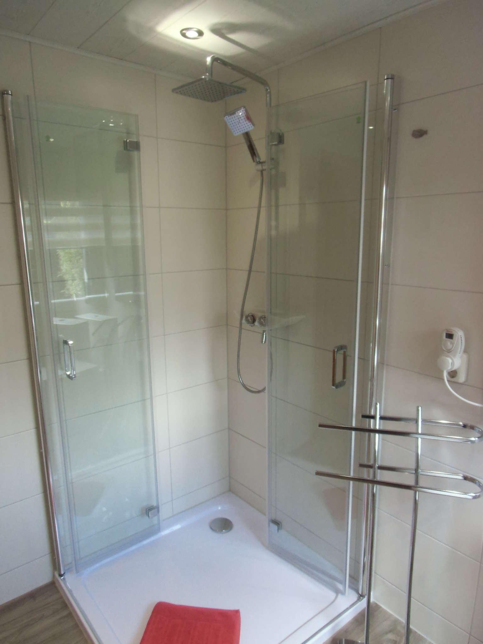 Teilansicht Bad / Dusche