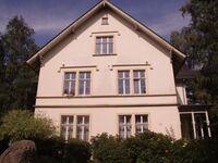 Villa Weyermann, 3 Doppelzimmer, 2 Doppelbetten mit 2 Matratzen 180x200, Doppelsofa, 3 Zustellbetten in Leichlingen - kleines Detailbild