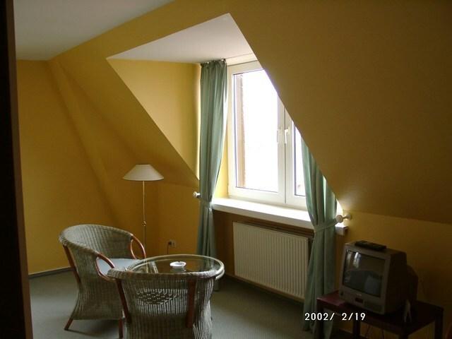 Hotel Schweriner Hof, Vierbettappartement seitlich