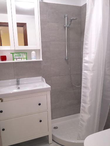 Waschen / 2. Dusche / 2. WC