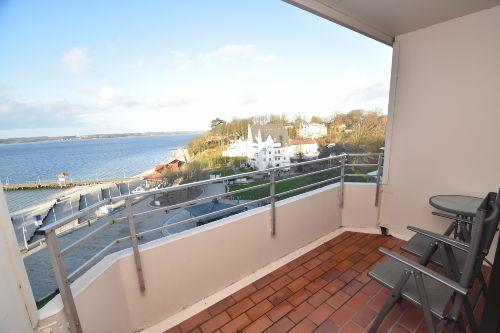 Apartment mit Balkon und F�rdeblick
