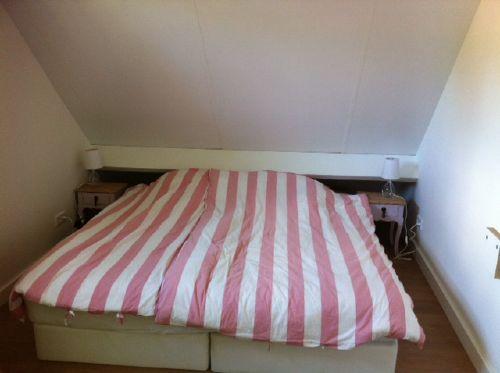 das Schlafzimmer auf der 1. Etage