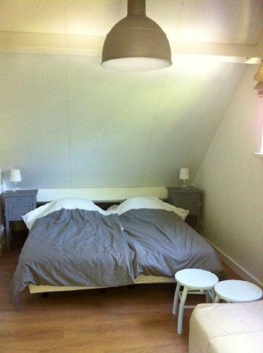 Schlafzimmer auf der 1. Etage (und Sofa)