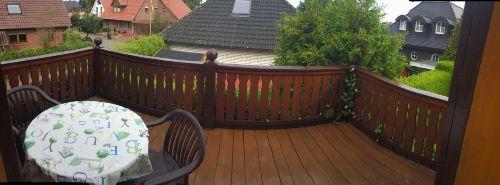 Der großzügige Balkon