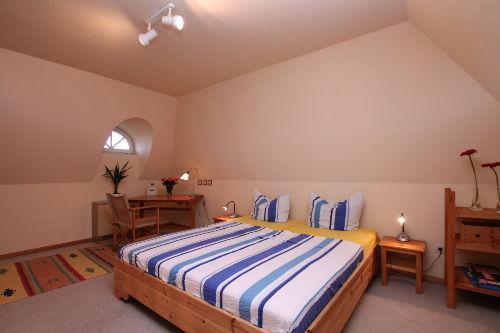 Schlafzimmer im Dachgeschoß