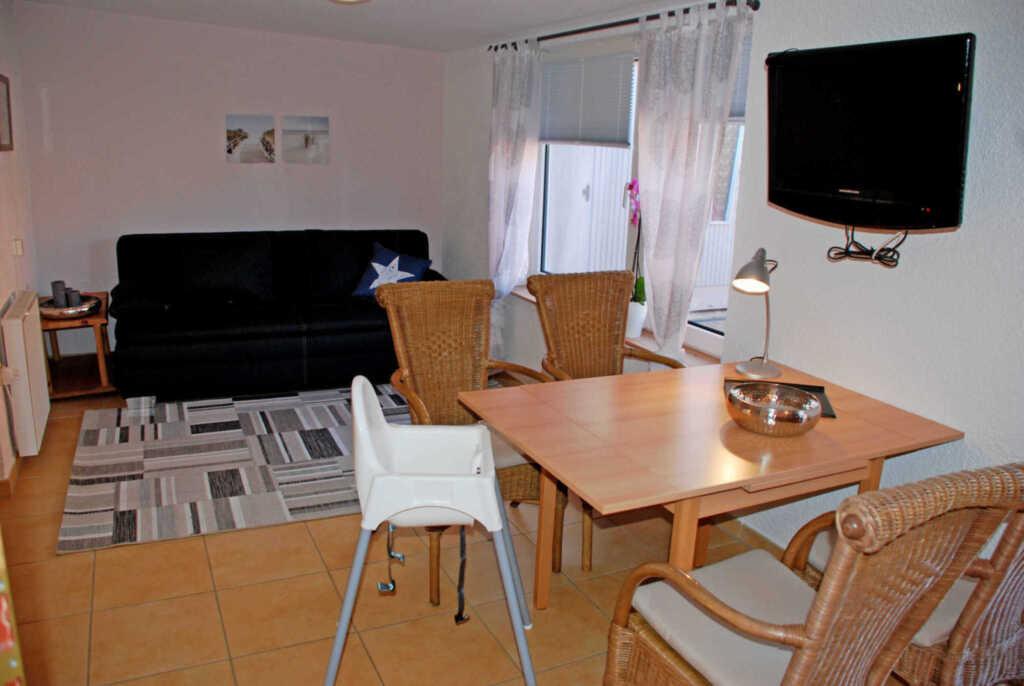 Ferienhaus und -appartements in Neu Reddevitz, Fer