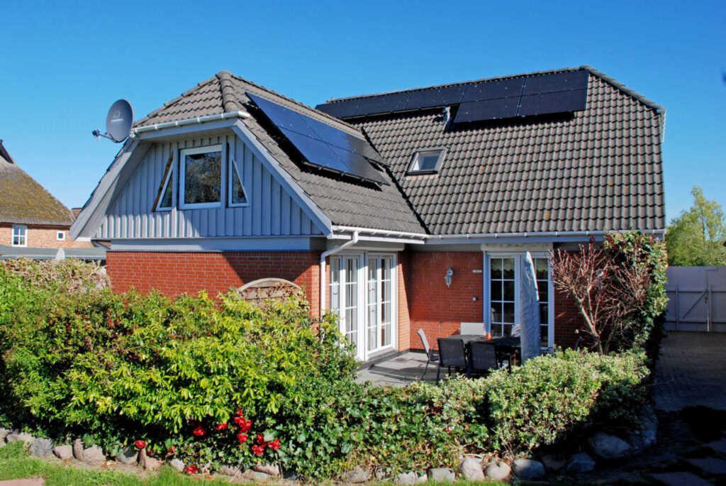 Ferienhaus und -appartemenents in Neu Reddevitz, g