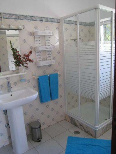 2. Bad en suite mit Dusche dazu