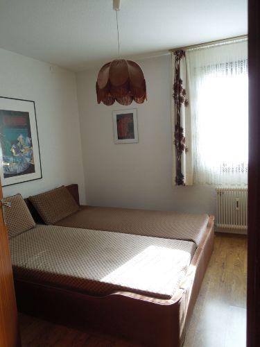 Schlafzimmer (von der Diele aus)