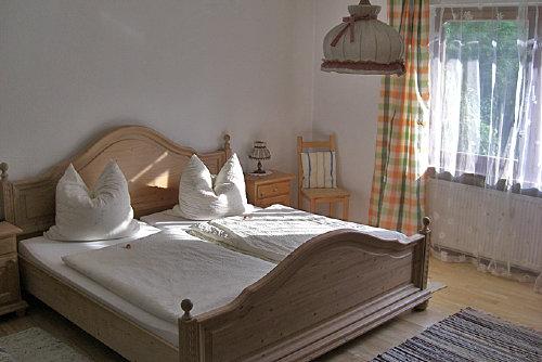 Blick ins große Schlafzimmer