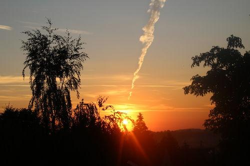 Sonnenaufgang vom Wohnzimmerfenster