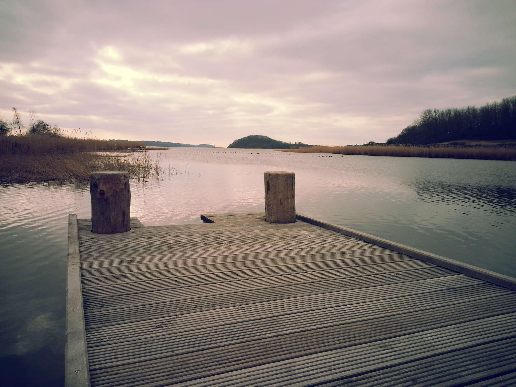 Steg am Neuensiener See