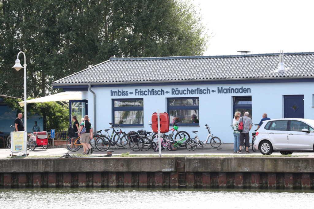 Usedom Suites Karlshagen direkt am Hafen mit Parkp