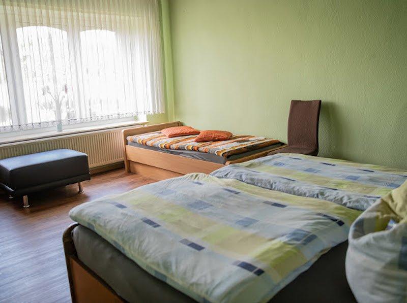 gro�es Schlafzimmer - Einzelbett