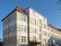 Ferienwohnungen Warnemünde (LO), Hahnenfeder in Rostock-Seebad Warnemünde - kleines Detailbild