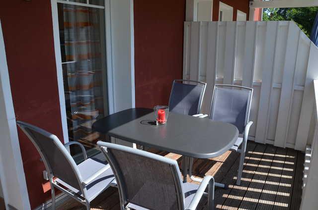 haus auguste wohnung 2 wlan haustiere auguste 2 in bansin seebad mecklenburg vorpommern. Black Bedroom Furniture Sets. Home Design Ideas