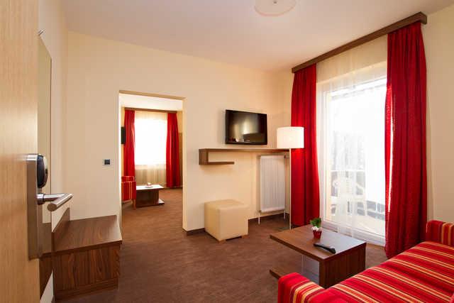 Hotel 4 Jahreszeiten, Studio