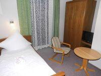 Hotel-Pension Dressel, Zimmerkategorie B: Zimmer 10 in Warmensteinach - kleines Detailbild