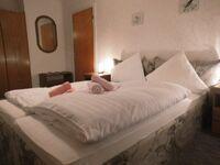 Hotel-Pension Dressel, Zimmerkategorie C: Zimmer 14 in Warmensteinach - kleines Detailbild