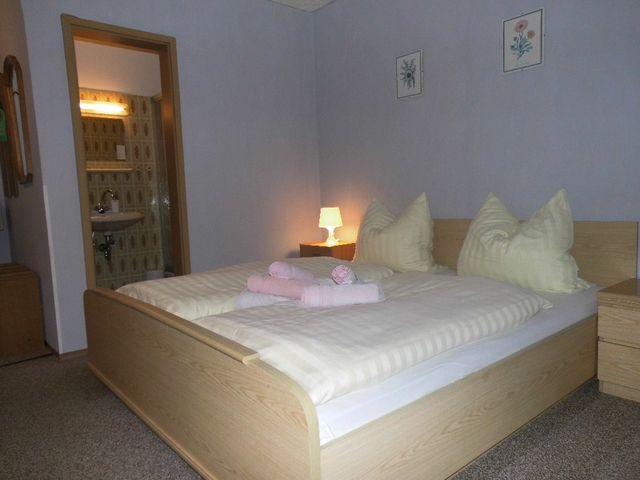 Hotel-Pension Dressel, Zimmerkategorie D: Zimmer 1