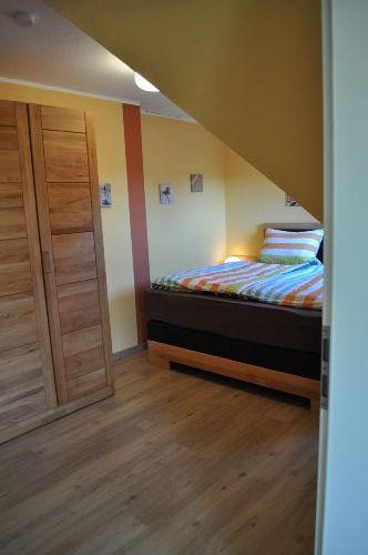 2. Schlafzimmer ...