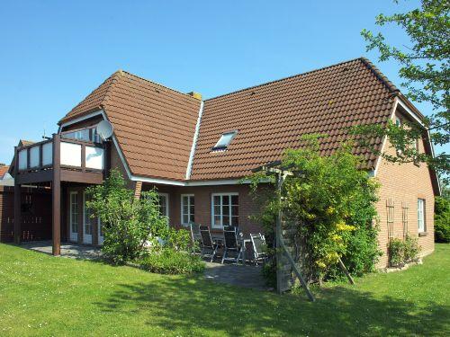 Haus Inselgl�ck mit Wohnung Amrum im OG