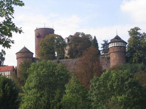 Die Trendelburg.... nur 100m entfernt
