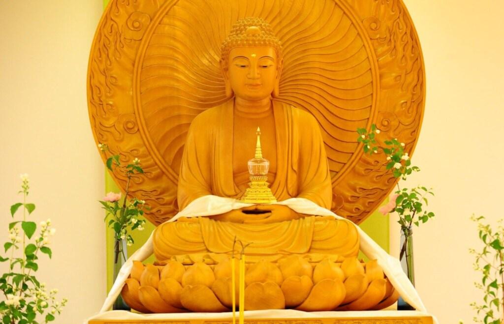 Buddhas Weg - Kloster-Seminar- und G�stehaus, Drei