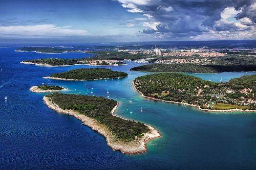 Umgebung, die Inseln sind erreichbar