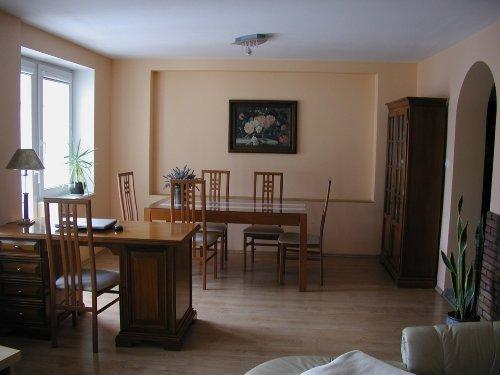 Wohnzimmer E�tischseite