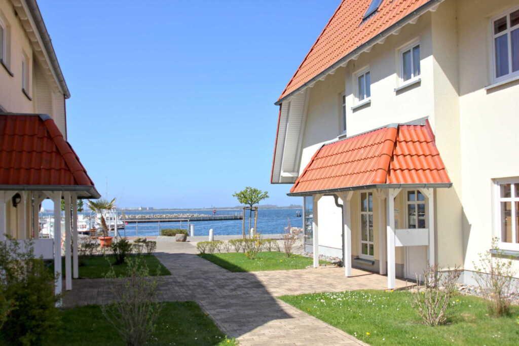Hafenh�user Wiek, A13: 59 m�, 2-Raum, 3 Pers., Bal