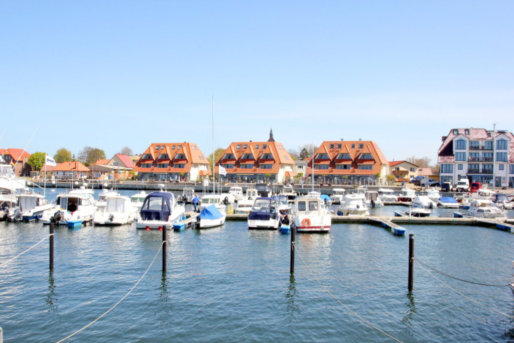 Hafenhäuser Wiek, D 17: 91m²; 4-Raum; 5 Pers; Balk