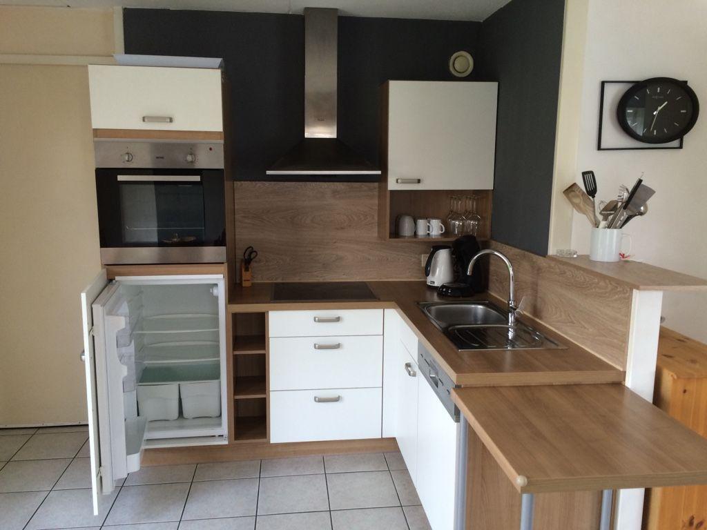 neue moderne Küche mit allem Komfort
