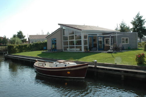 Luxes Bungalow am Wasser, 5 Pers, Sauna